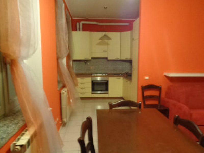 Appartamento in buone condizioni arredato in affitto Rif. 7809629