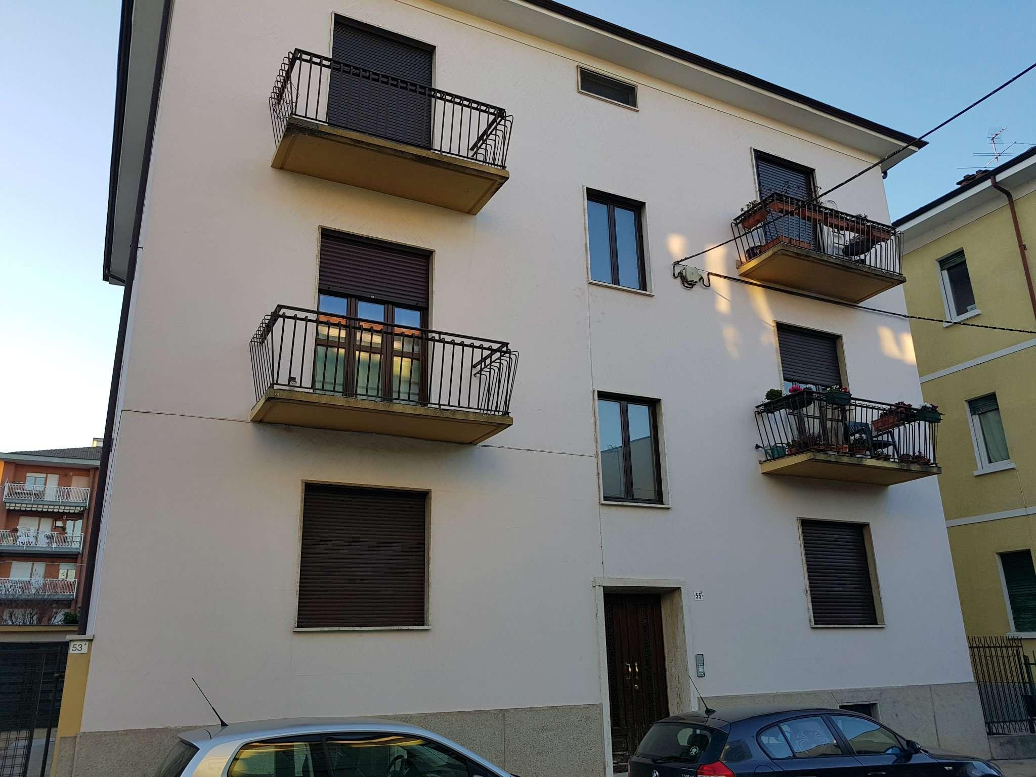 Appartamento ristrutturato in vendita Rif. 7811297