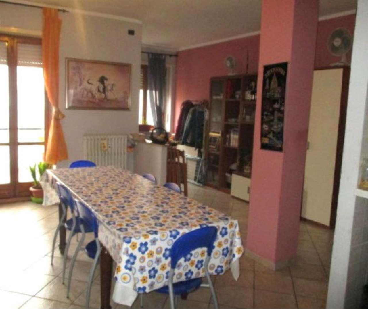 Appartamento in vendita a Brandizzo, 3 locali, prezzo € 105.000 | CambioCasa.it