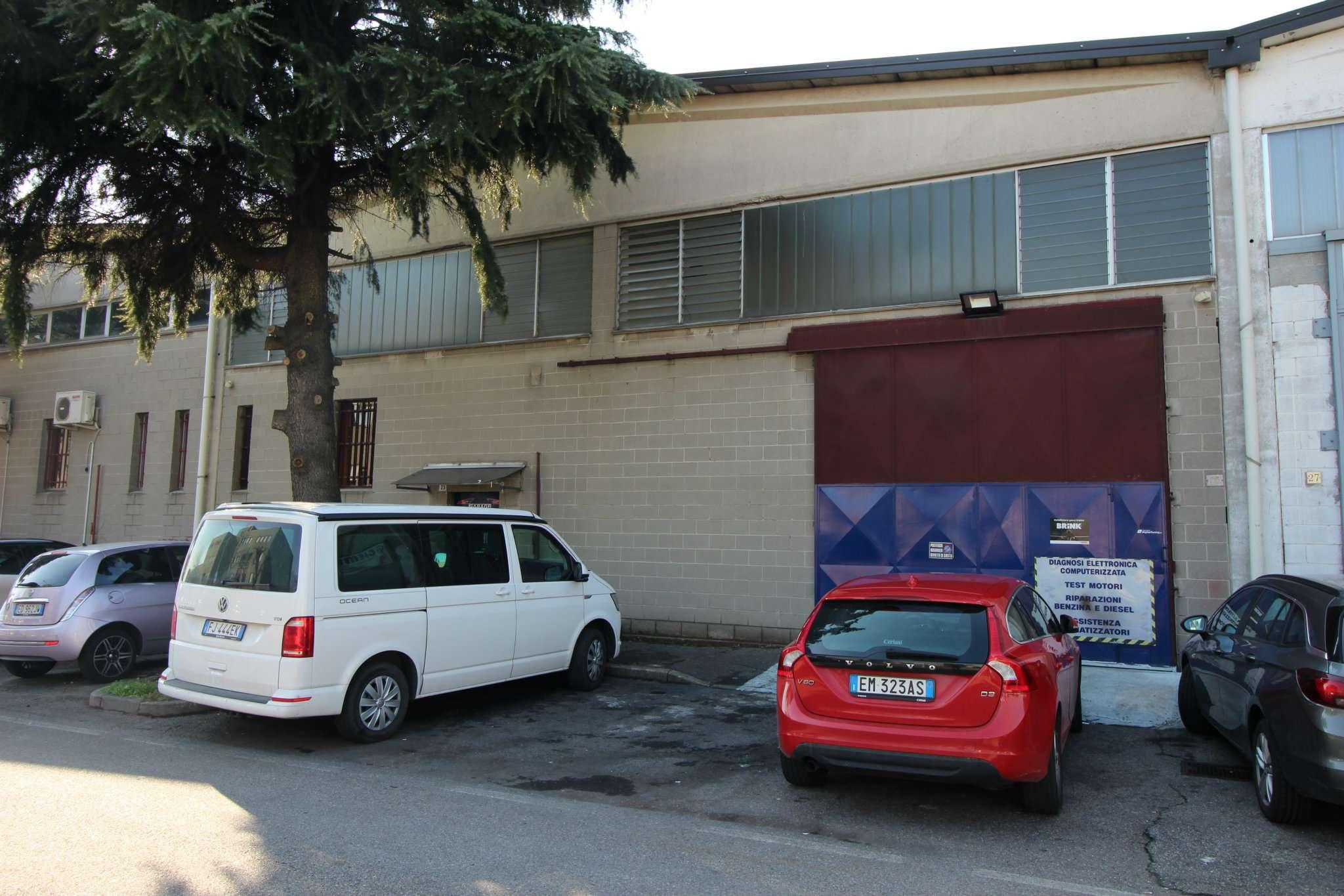 Capannone in affitto a Rho, 3 locali, prezzo € 1.800 | CambioCasa.it