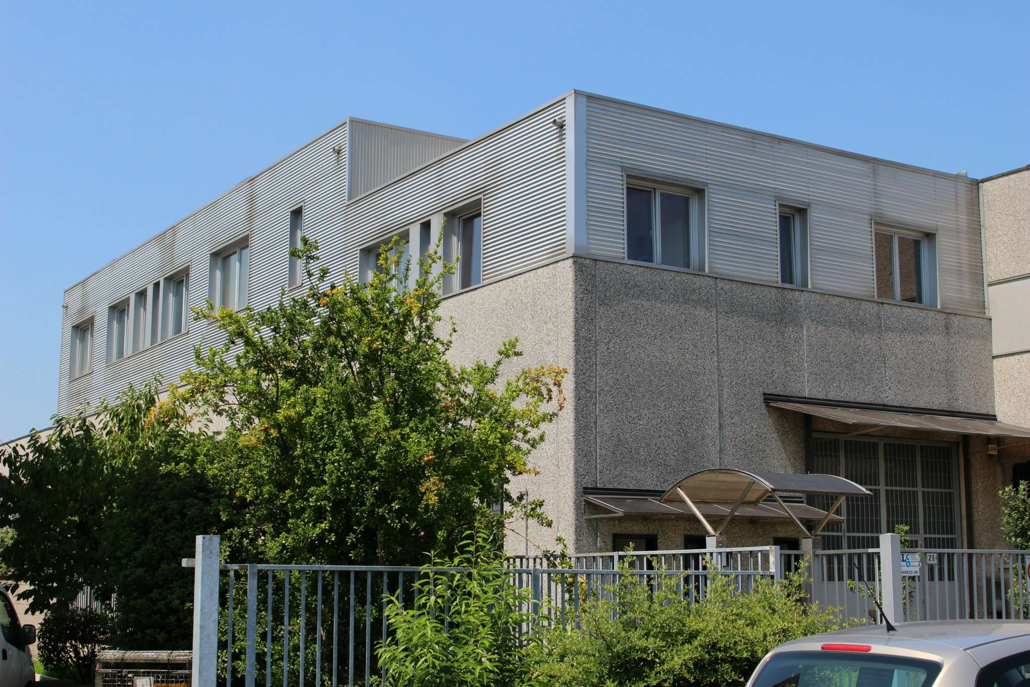 Capannone in vendita a Cornaredo, 6 locali, prezzo € 440.000 | PortaleAgenzieImmobiliari.it