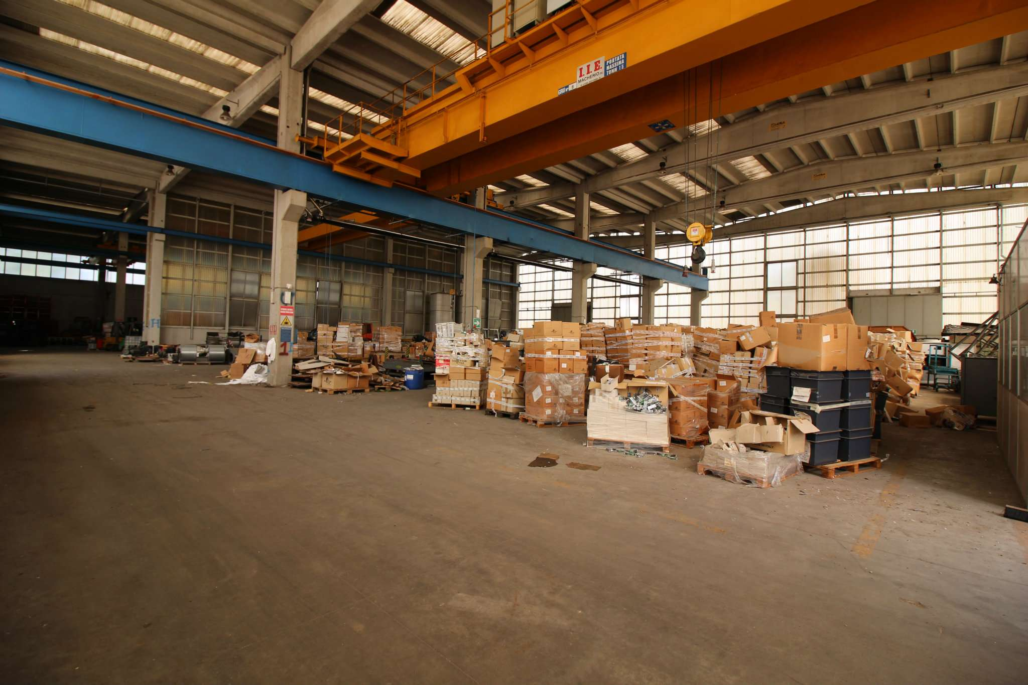 Capannone in vendita a Cornaredo, 5 locali, prezzo € 1.500.000 | PortaleAgenzieImmobiliari.it
