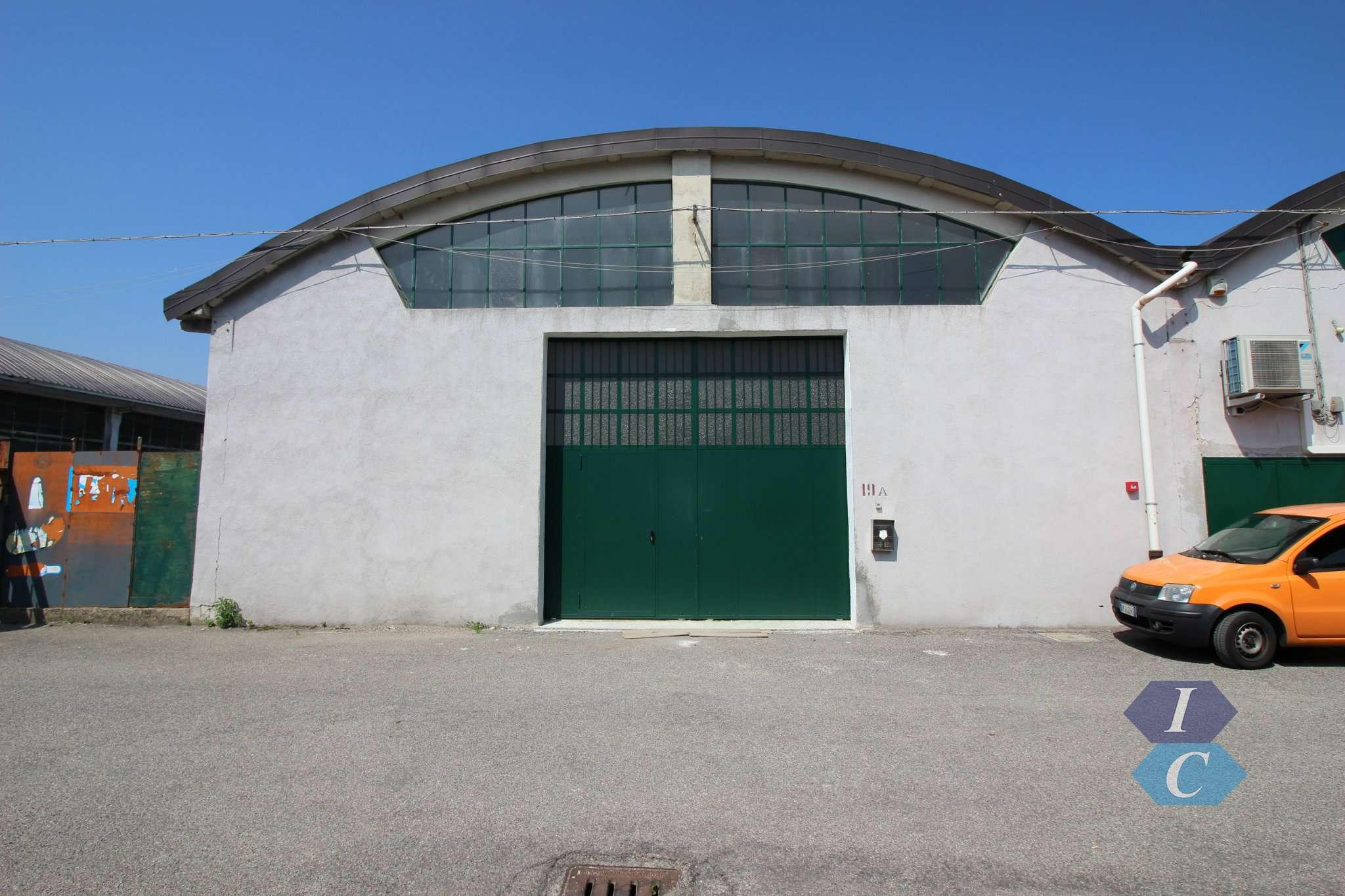 Capannone in affitto a Settimo Milanese, 3 locali, prezzo € 2.084 | PortaleAgenzieImmobiliari.it