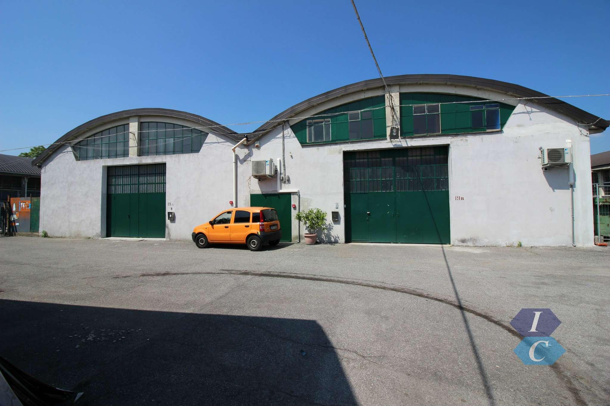 Capannone in affitto a Settimo Milanese, 4 locali, prezzo € 3.750 | PortaleAgenzieImmobiliari.it