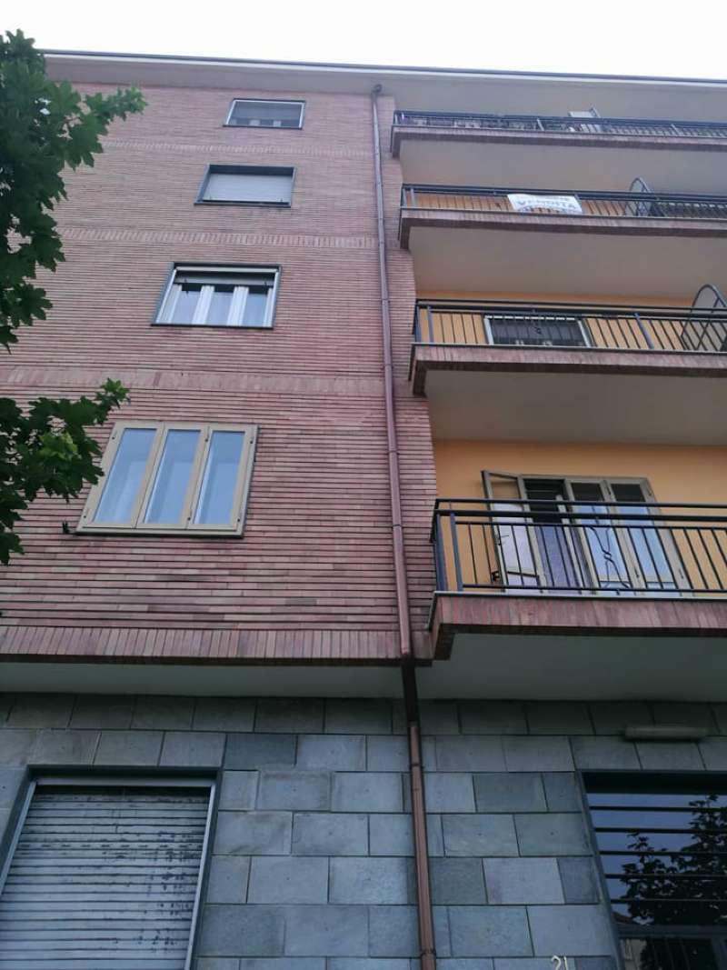 Appartamento in buone condizioni arredato in affitto Rif. 7017321