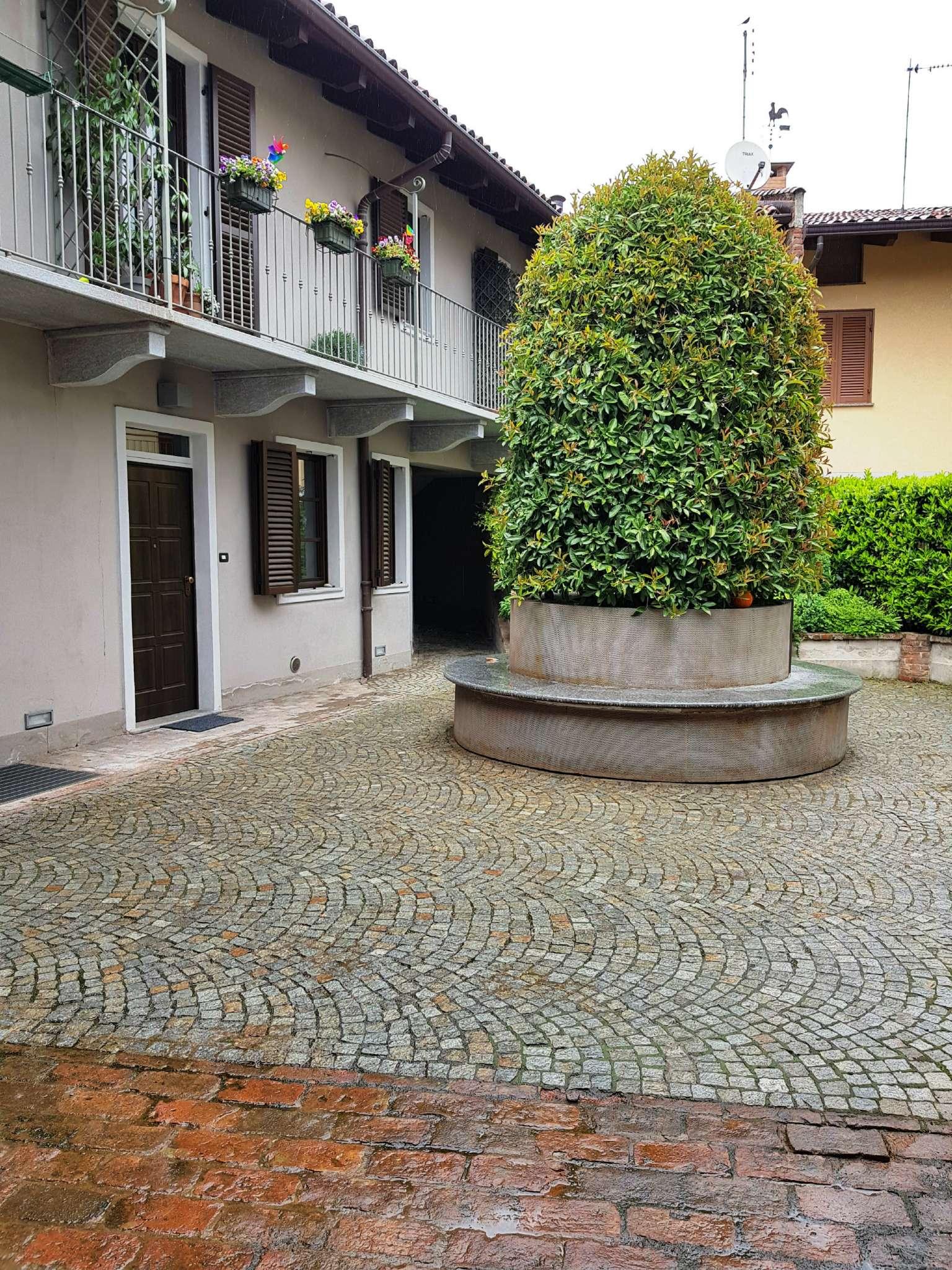 Appartamento ristrutturato arredato in affitto Rif. 6879514