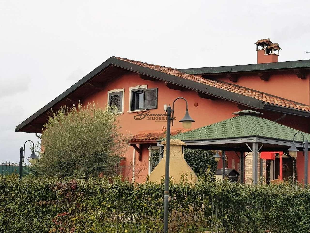 Villa in vendita a Sant'Angelo Romano, 7 locali, prezzo € 259.000 | CambioCasa.it