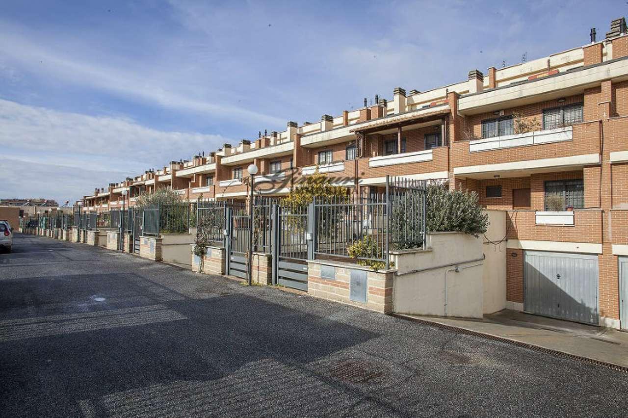 Villa a Schiera in vendita a Roma, 5 locali, zona Zona: 9 . Prenestino, Collatino, Tor Sapienza, Torre Spaccata, Tor Tre Teste, Torre Maura, prezzo € 279.000   CambioCasa.it