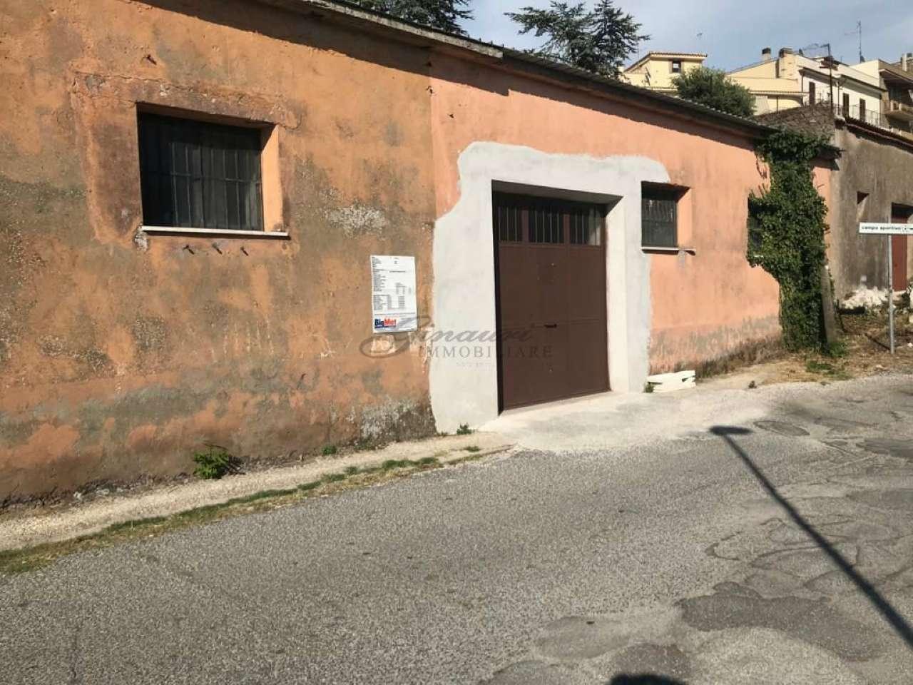 Negozio / Locale in vendita a Montorio Romano, 2 locali, prezzo € 55.000   CambioCasa.it