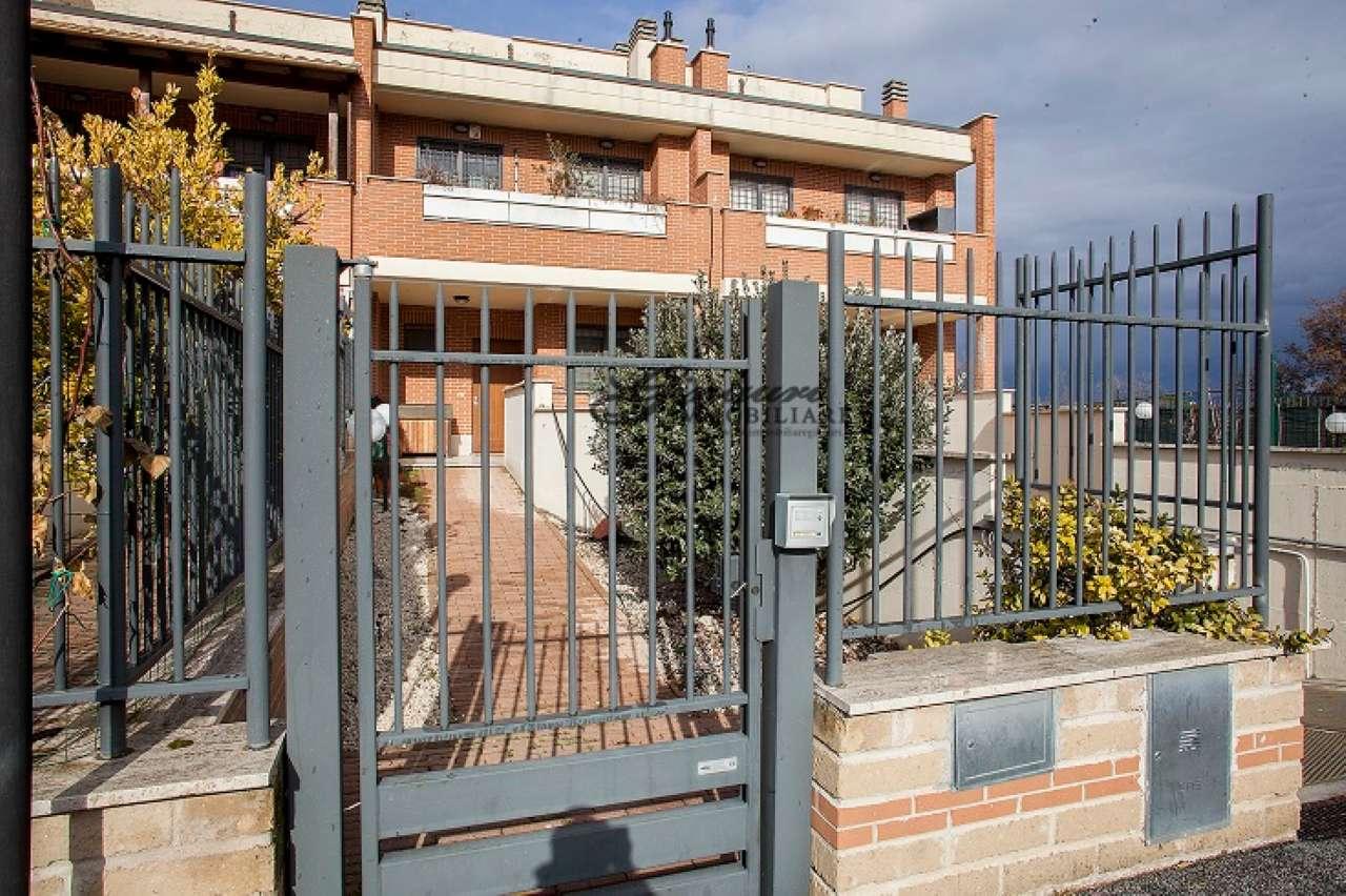 Villa a Schiera in vendita a Roma, 5 locali, zona Zona: 9 . Prenestino, Collatino, Tor Sapienza, Torre Spaccata, Tor Tre Teste, Torre Maura, prezzo € 239.000   CambioCasa.it