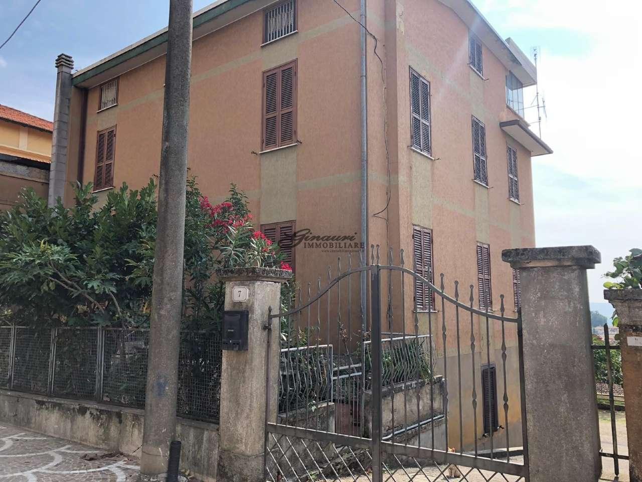 Palazzo / Stabile in vendita a Fiuggi, 10 locali, prezzo € 139.000 | CambioCasa.it