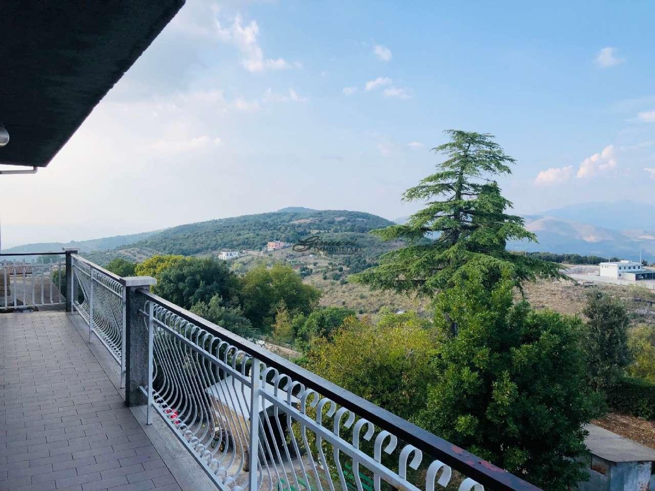 Appartamento in vendita a Montorio Romano, 3 locali, prezzo € 109.000 | CambioCasa.it
