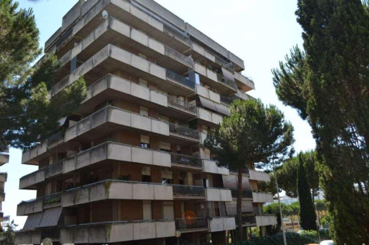 Appartamento in vendita a Roma, 2 locali, zona Zona: 22 . Eur - Torrino - Spinaceto, prezzo € 219.000 | CambioCasa.it