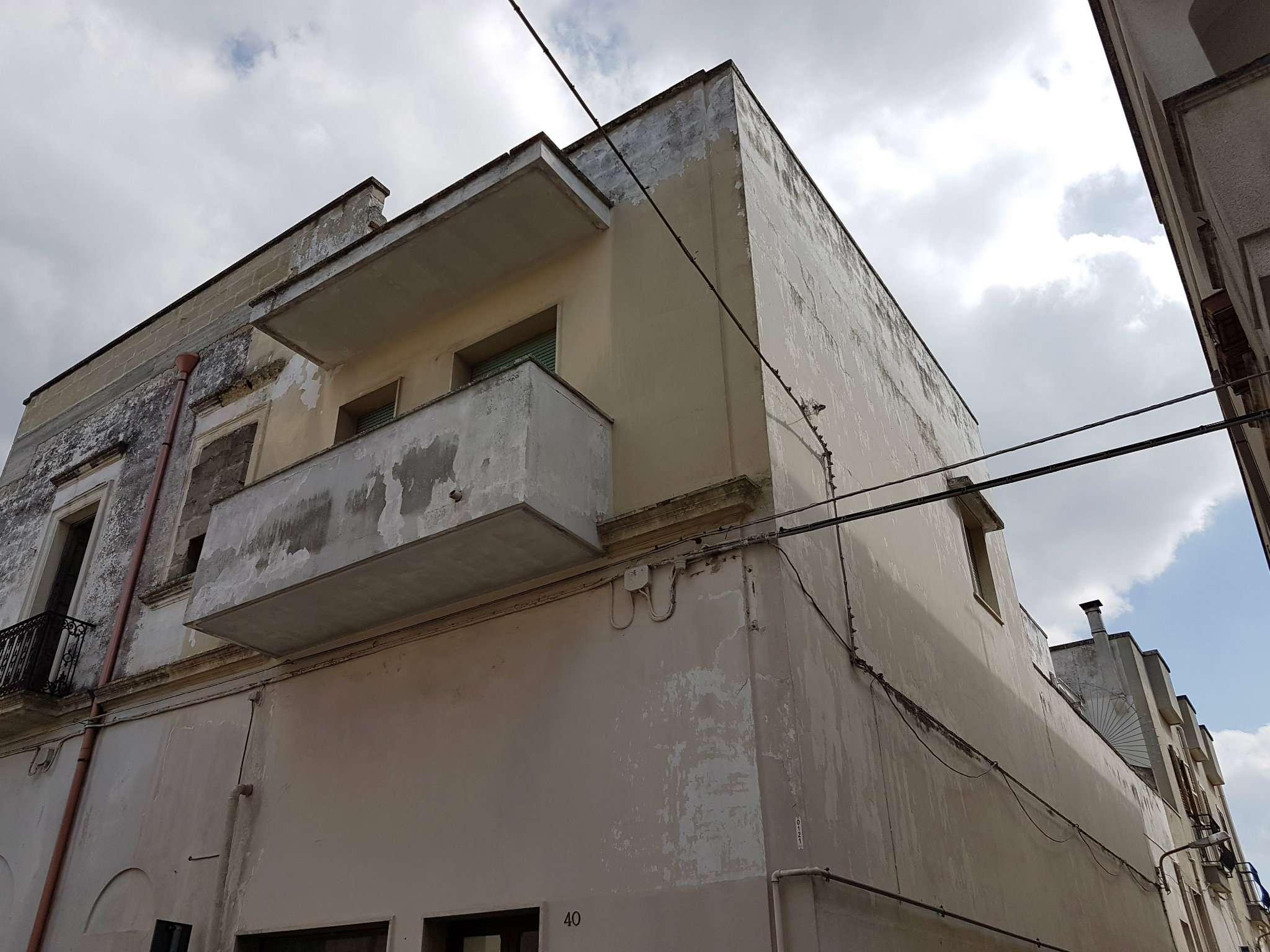 COPERTINO - Casa semindipendente al primo piano