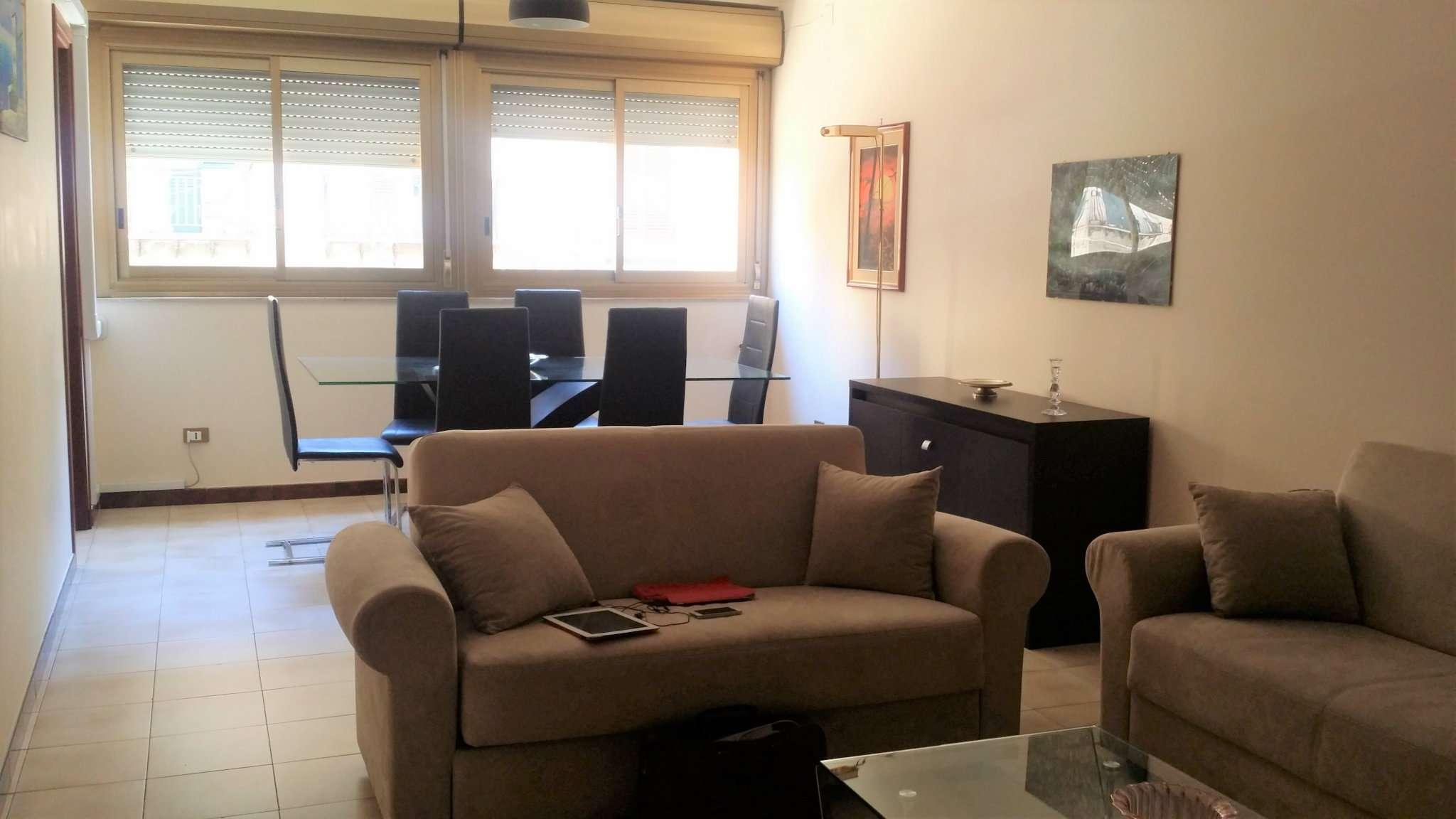 Stanza / posto letto in buone condizioni arredato in affitto Rif. 6479249