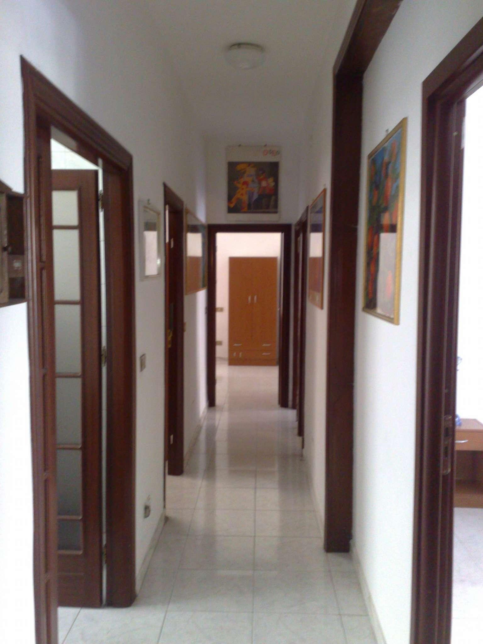 Stanza / posto letto in buone condizioni arredato in affitto Rif. 6540397