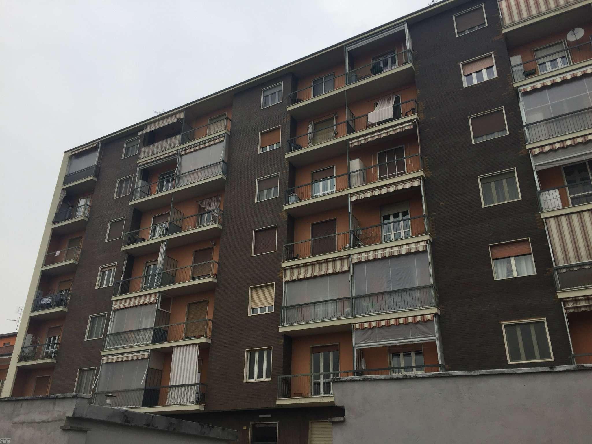 Appartamento in discrete condizioni in vendita Rif. 7848797