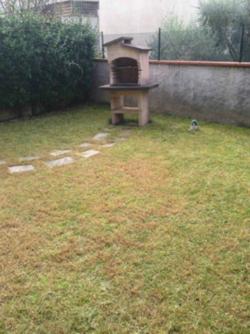 Appartamento in Affitto a Poggio a Caiano di vani 2 oltre giardino e posto auto
