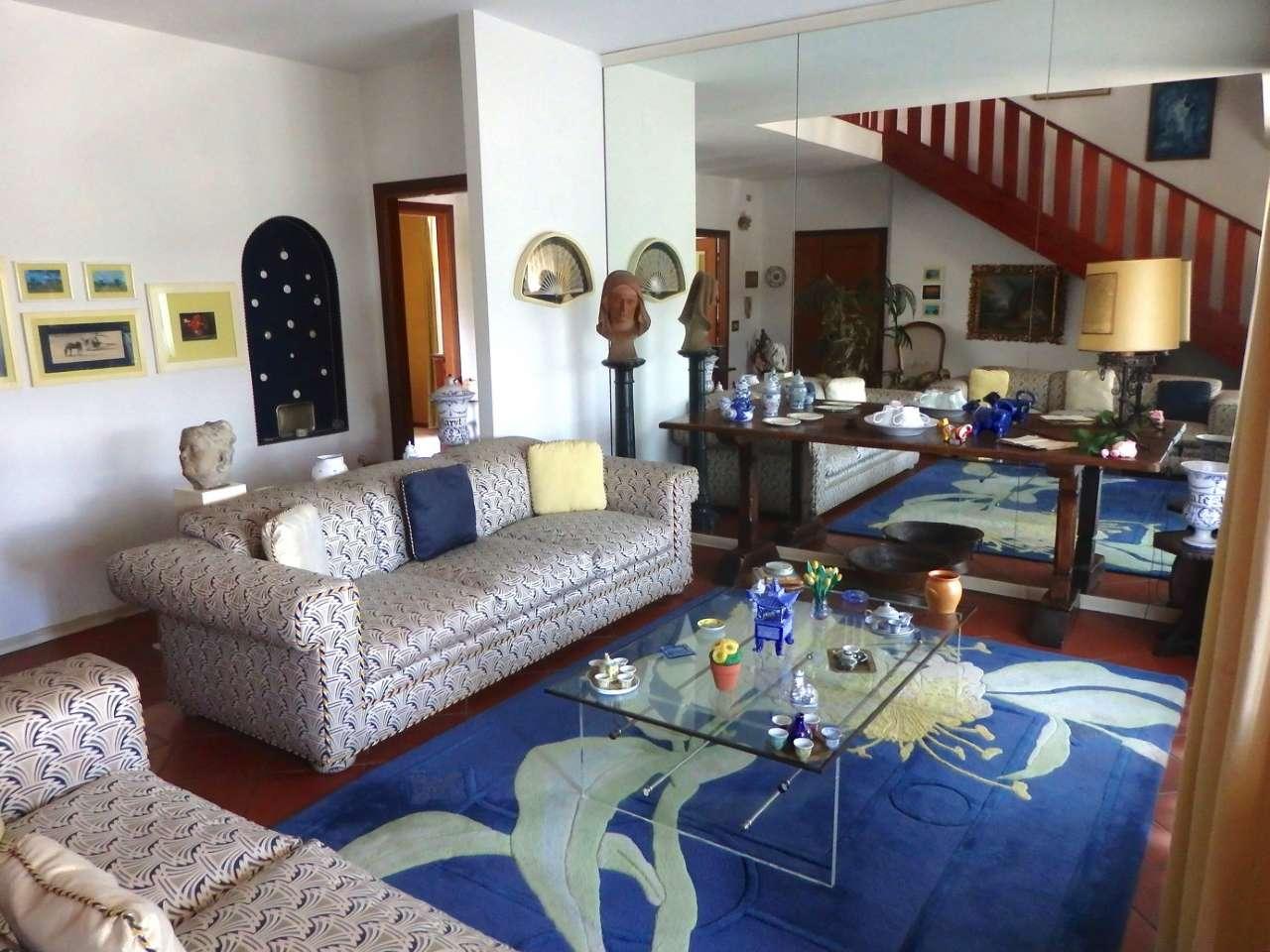 Appartamento in ottime condizioni parzialmente arredato in vendita Rif. 5034967