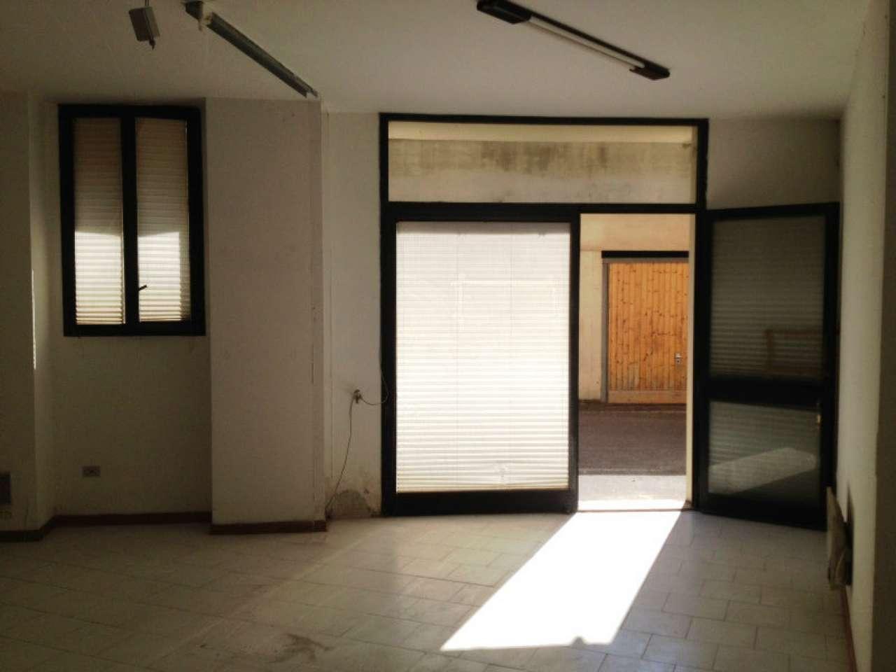 Prato, Repubblica vendesi deposito/ufficio Rif. 5812882