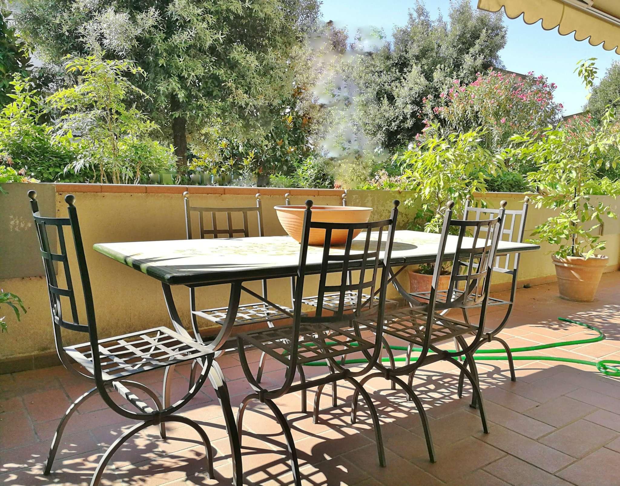 Appartamento in ottime condizioni in vendita Rif. 7910708