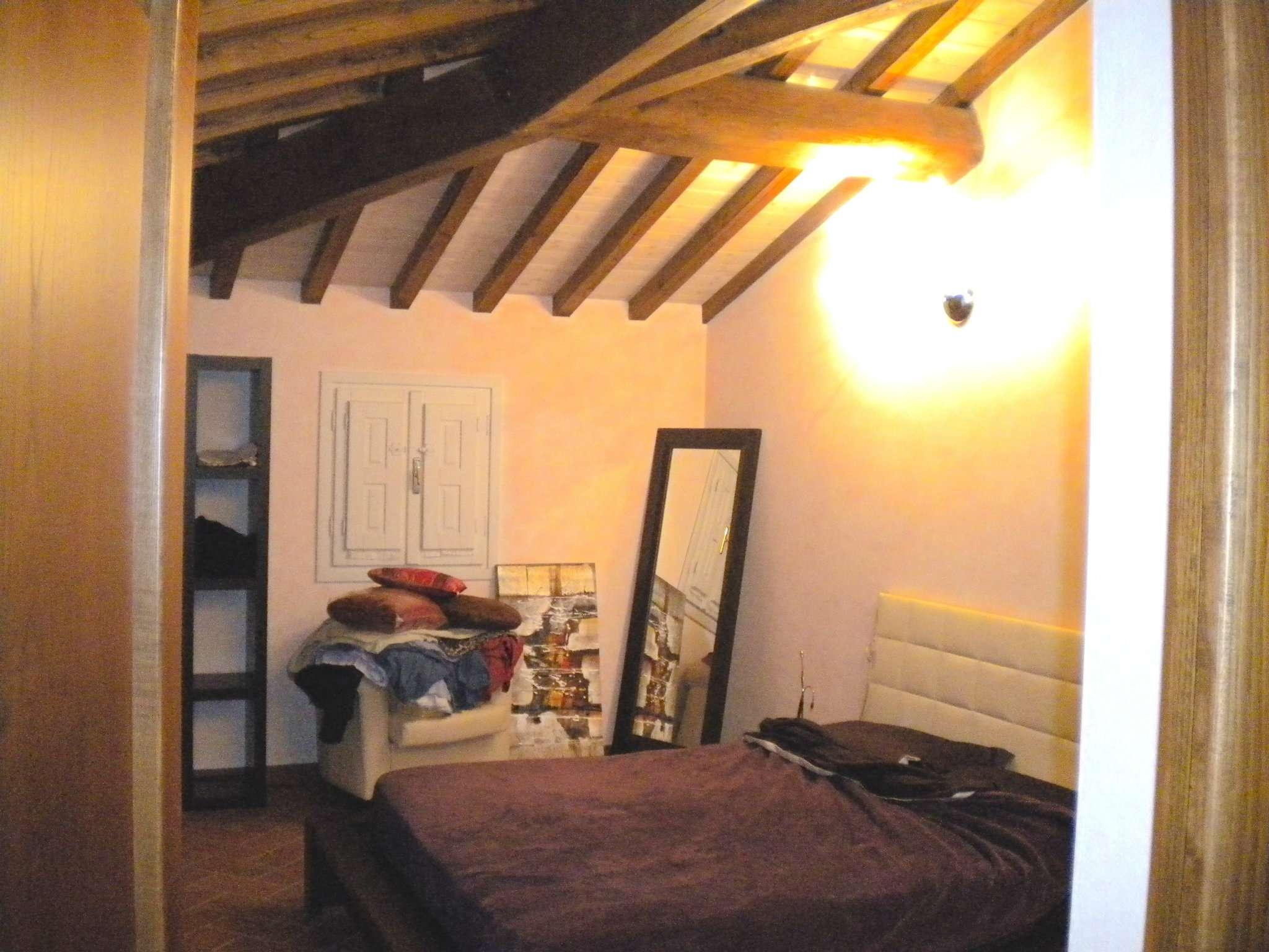 Appartamento in affitto a Prato, Tavola di vani 2,5