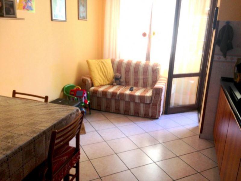 Appartamento in ottime condizioni arredato in vendita Rif. 8158133