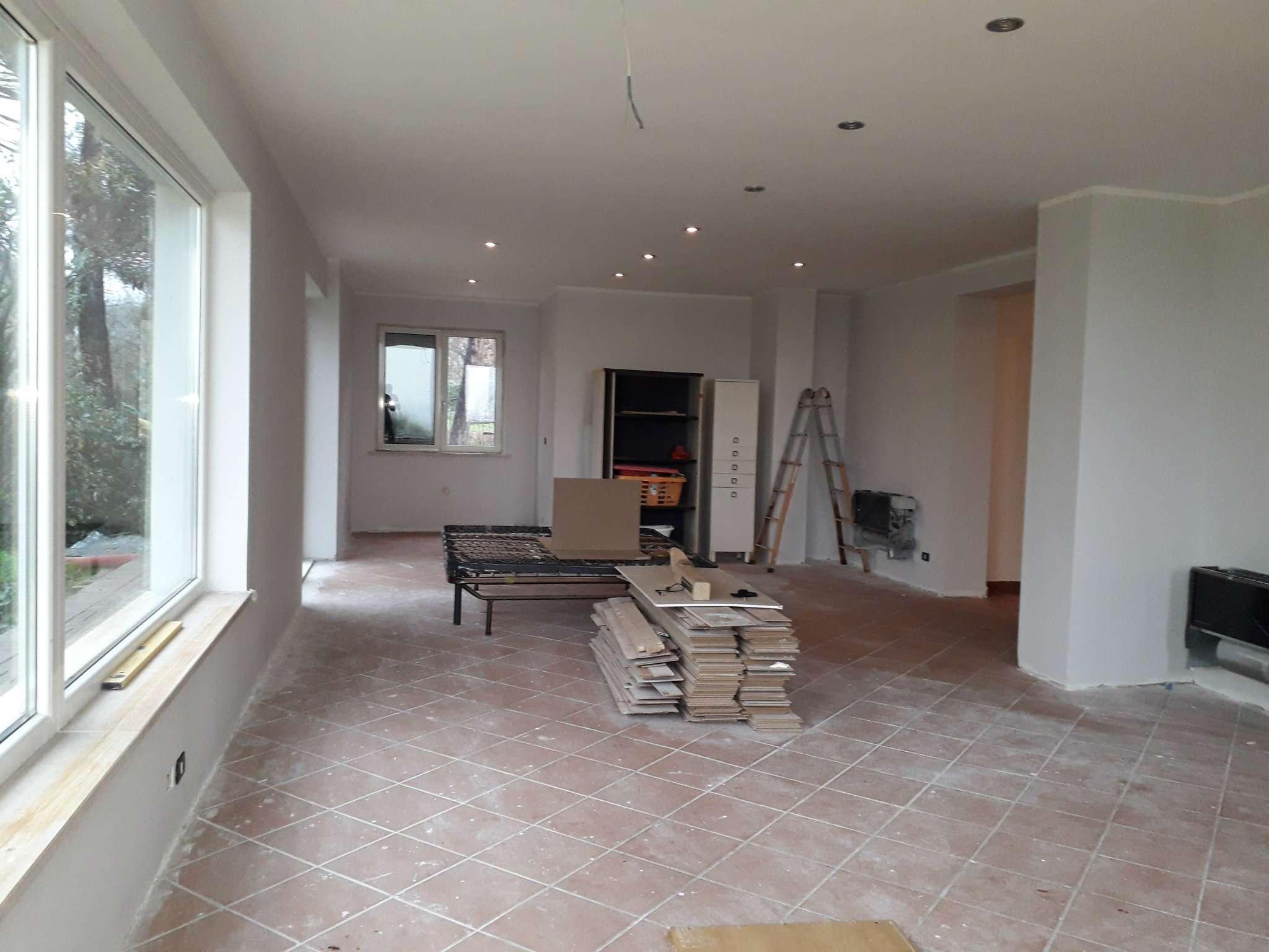 Appartamento ristrutturato in vendita Rif. 5035195