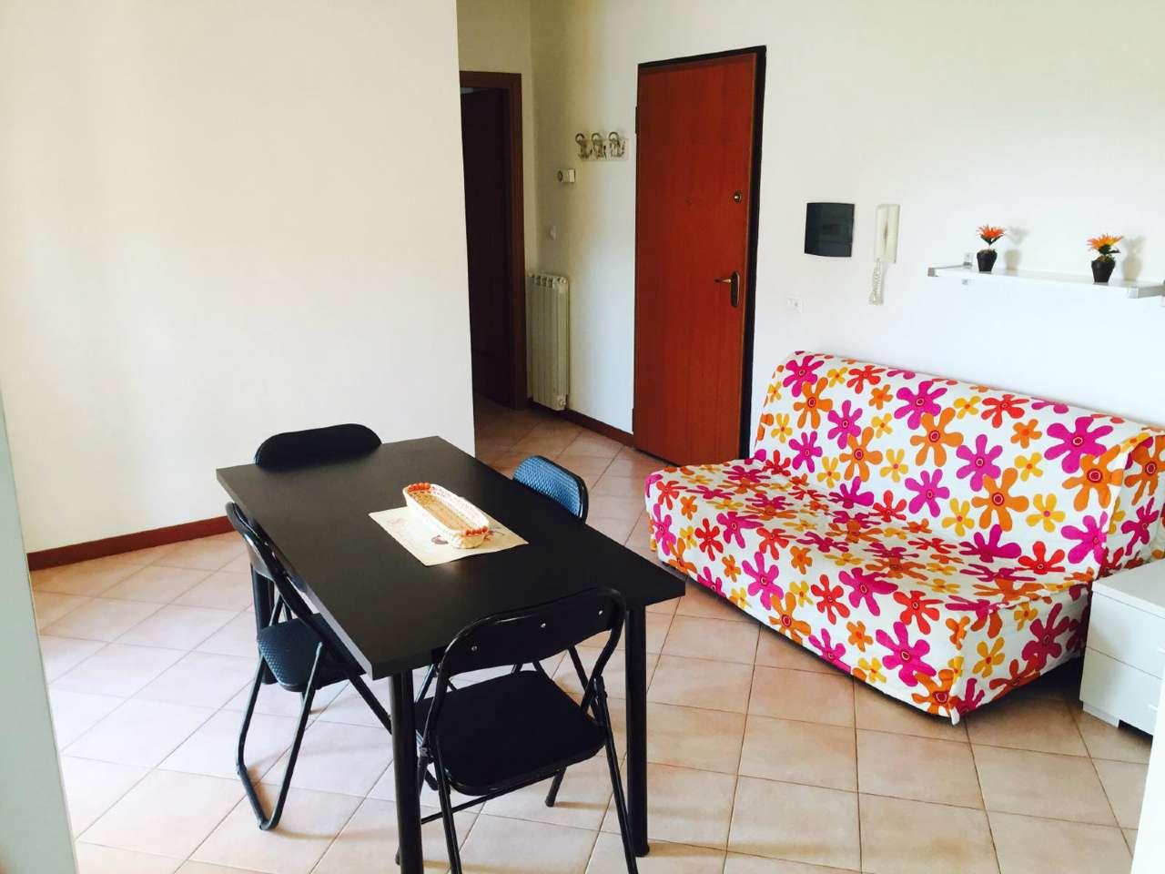 Appartamento in buone condizioni in vendita Rif. 8467604