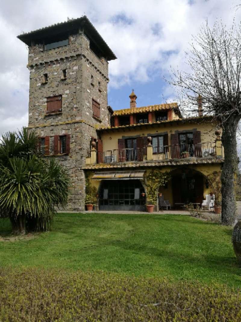 Villa in vendita a Monterosi, 15 locali, prezzo € 1.500.000   CambioCasa.it