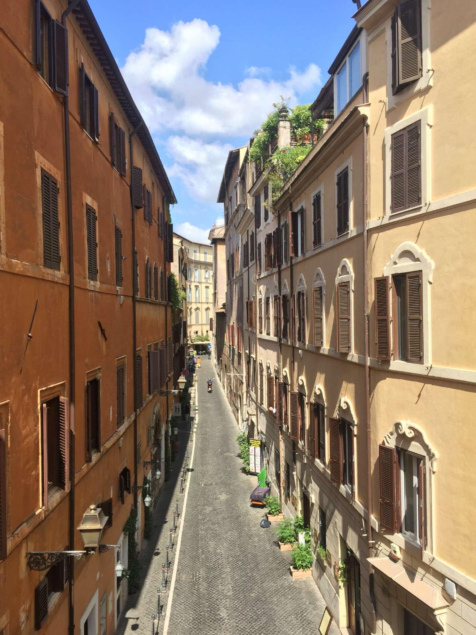 Appartamento in affitto roma piazza navona for Affitto c1 roma centro