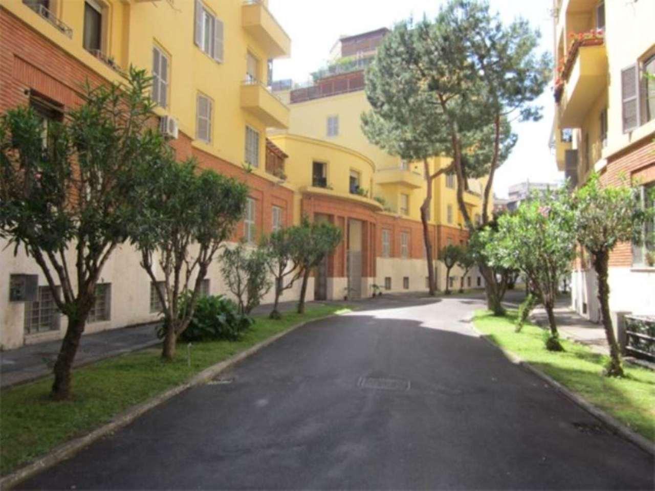 Appartamento in vendita a Roma, 5 locali, zona Zona: 14 . San Giovanni, Re di Roma, P.ta Metronia, prezzo € 400.000 | CambioCasa.it