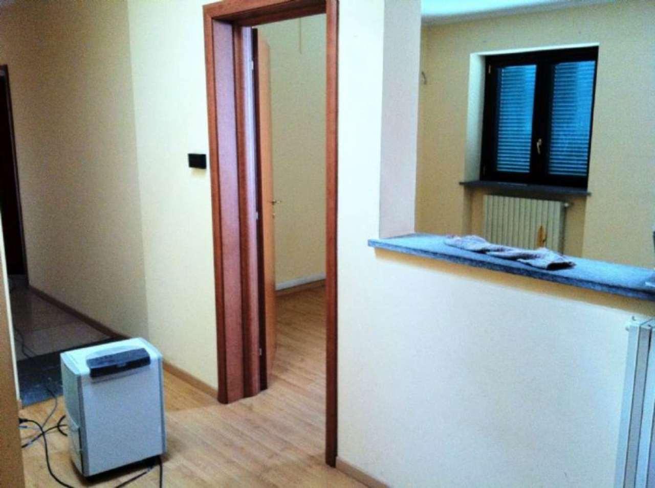 Ufficio / Studio in affitto a Santena, 1 locali, prezzo € 600 | CambioCasa.it