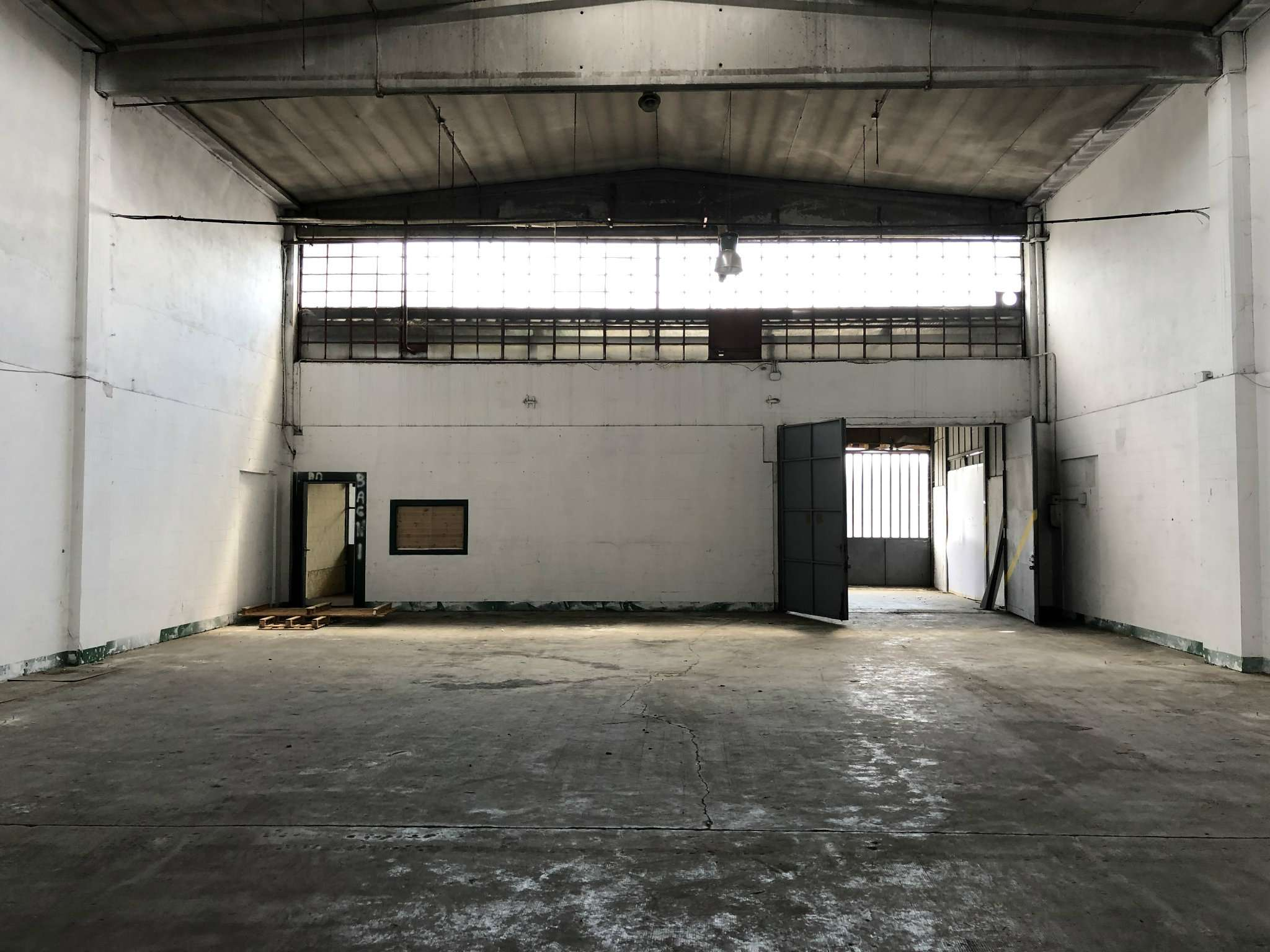 Capannone in affitto a Trofarello, 1 locali, prezzo € 1.500   CambioCasa.it