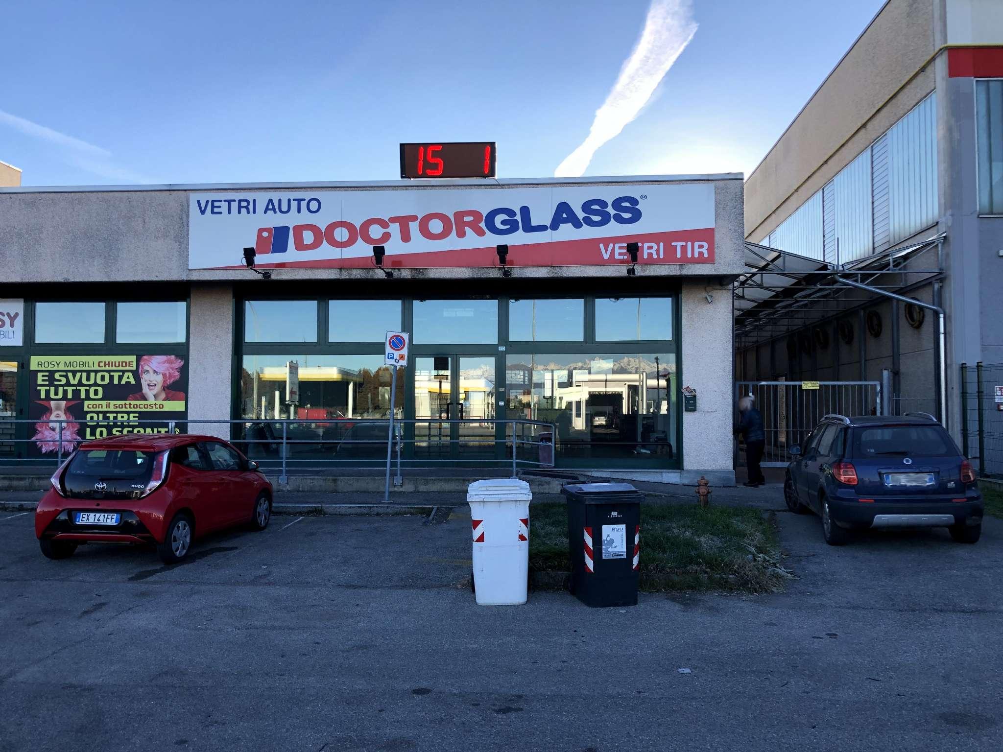 Negozio / Locale in affitto a Nichelino, 1 locali, prezzo € 2.400 | PortaleAgenzieImmobiliari.it
