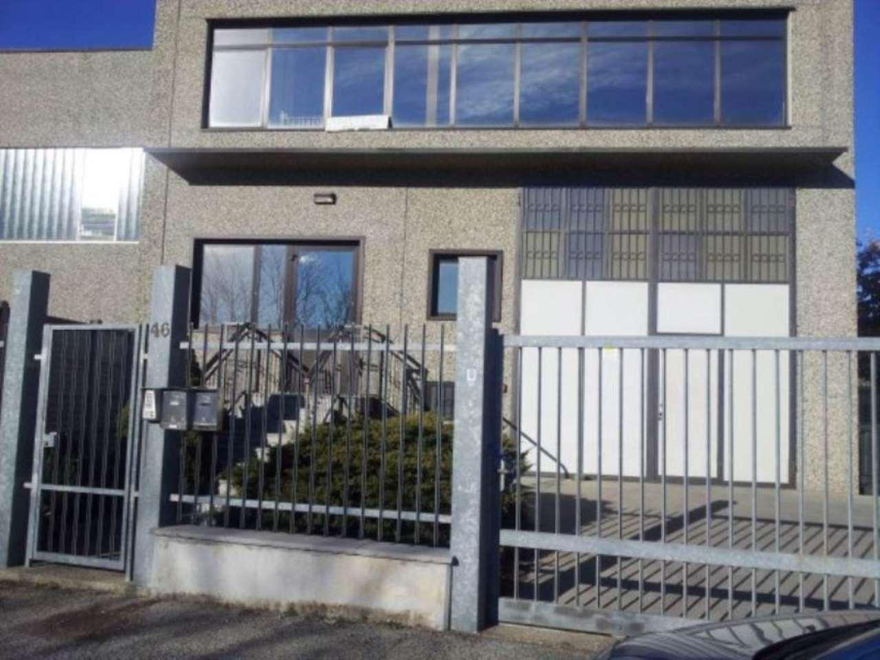 Capannone in affitto a Rivalta di Torino, 2 locali, prezzo € 600 | CambioCasa.it