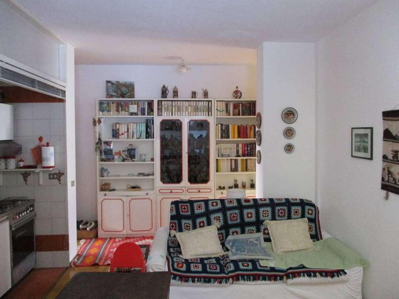 Appartamento in buone condizioni arredato in vendita Rif. 5794595