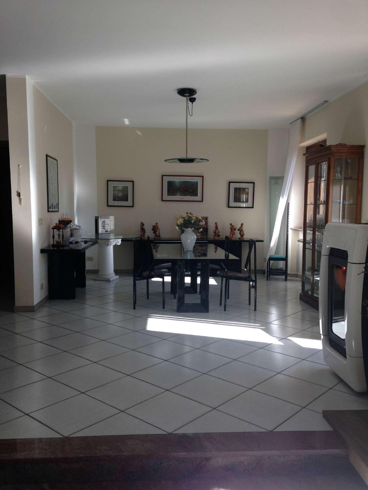 Villa in vendita a Alpignano, 9999 locali, prezzo € 640.000 | CambioCasa.it