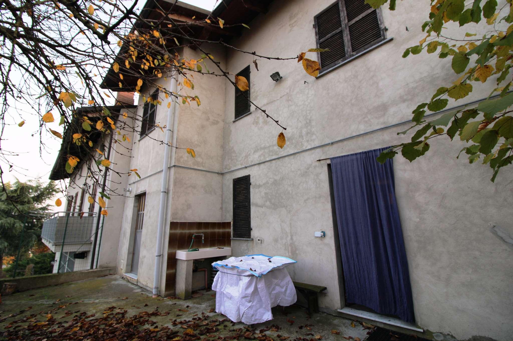 Soluzione Indipendente in vendita a Ferrere, 6 locali, prezzo € 125.000 | PortaleAgenzieImmobiliari.it