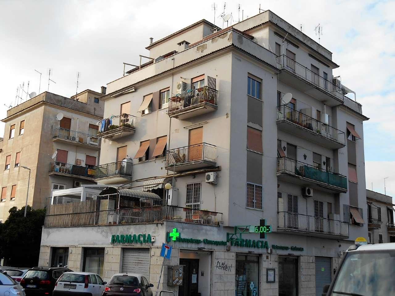 Appartamento in vendita a Roma, 3 locali, zona Zona: 11 . Centocelle, Alessandrino, Collatino, Prenestina, Villa Giordani, prezzo € 129.000 | CambioCasa.it
