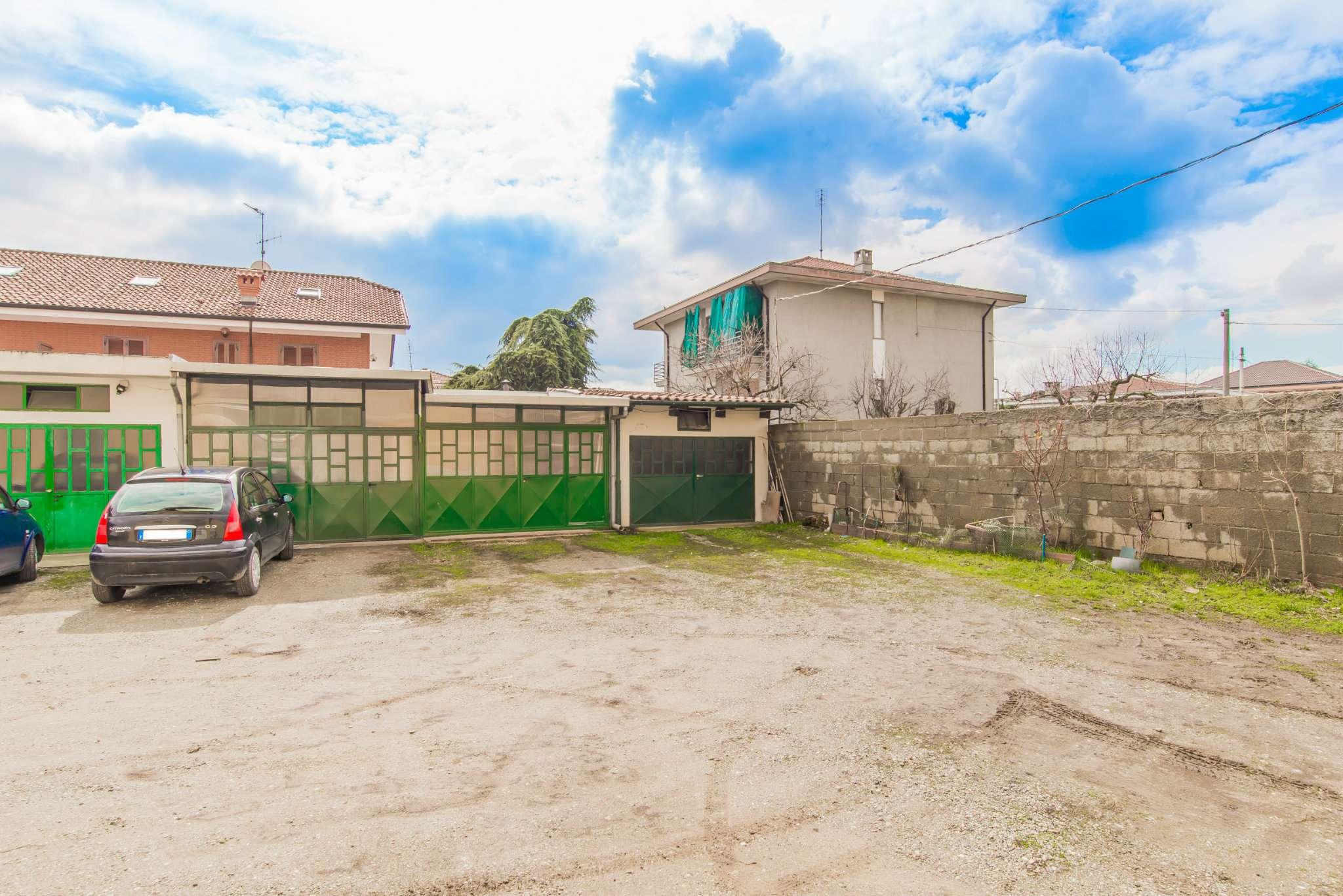 Appartamento ristrutturato parzialmente arredato in vendita Rif. 5836104