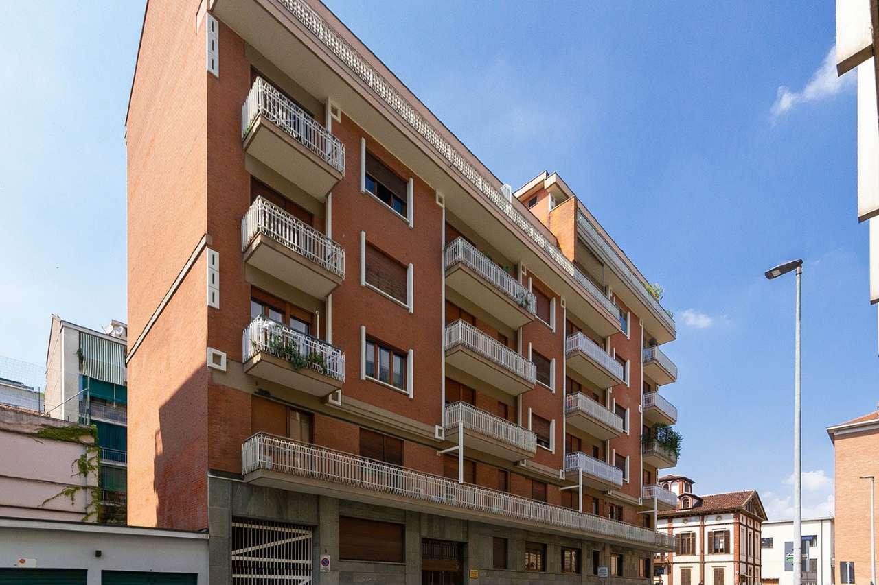 Appartamento in vendita Zona San Salvario - via Pietro Giuria 2 Torino