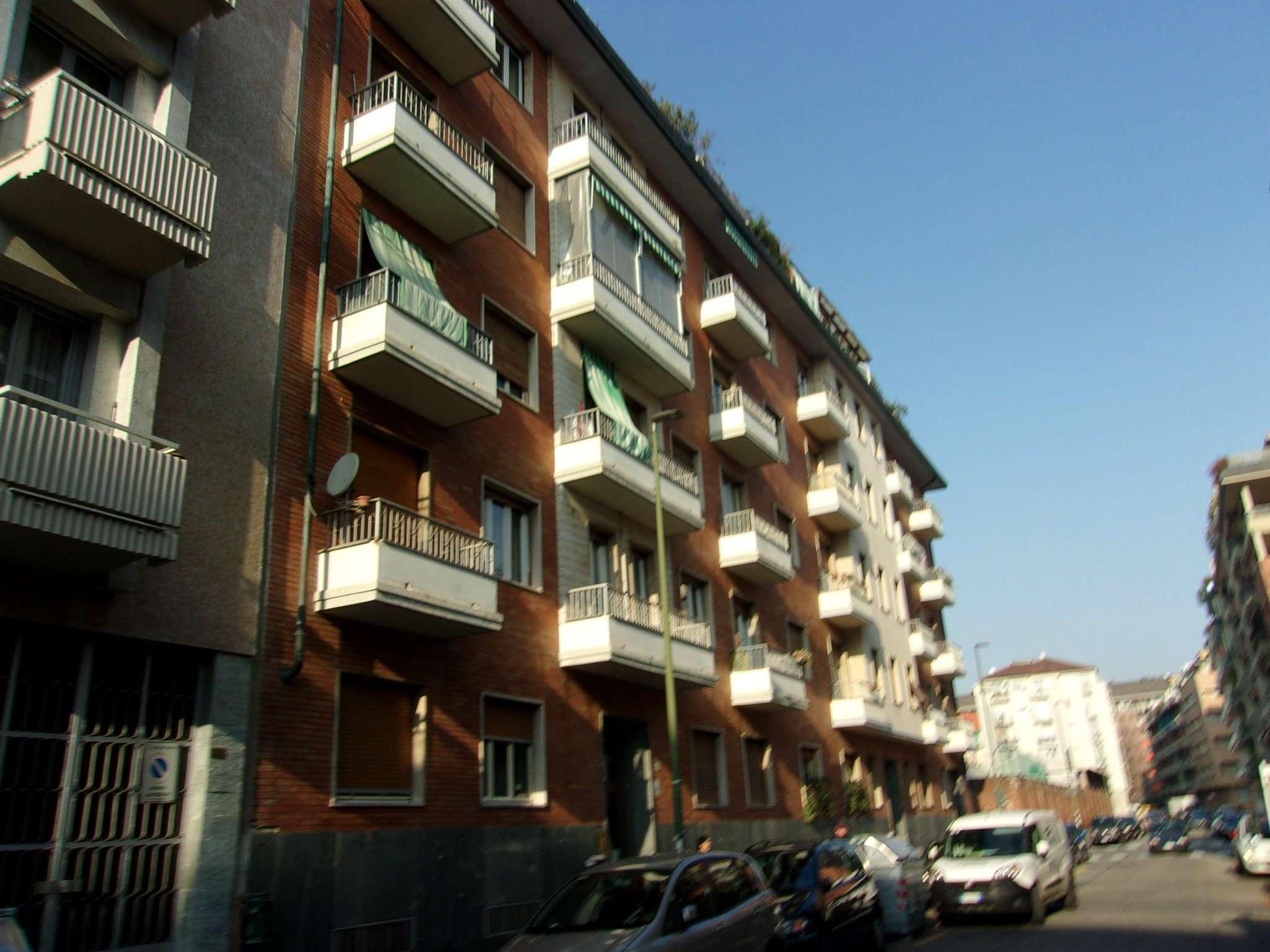 Appartamento in ottime condizioni parzialmente arredato in vendita Rif. 8878746