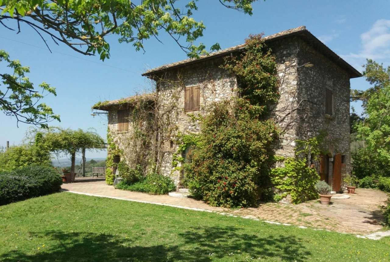 Villa in vendita a Narni, 6 locali, prezzo € 450.000 | CambioCasa.it