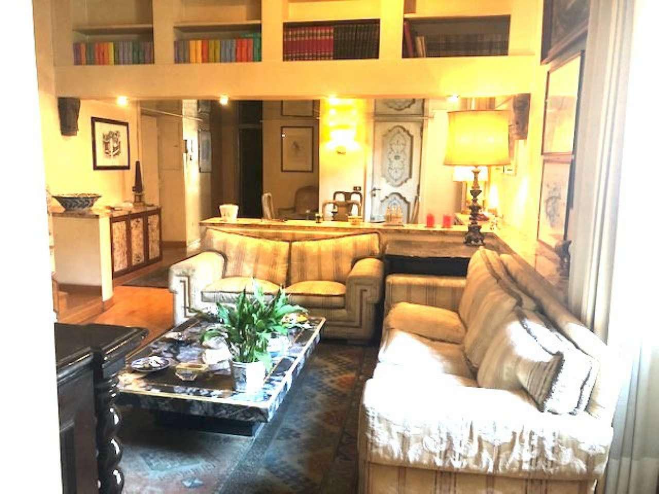 Appartamento in vendita a Roma, 6 locali, zona Zona: 1 . Centro storico, prezzo € 860.000 | CambioCasa.it