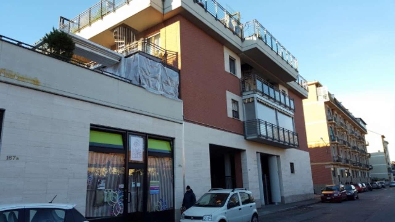 Appartamento in ottime condizioni in affitto Rif. 8862838