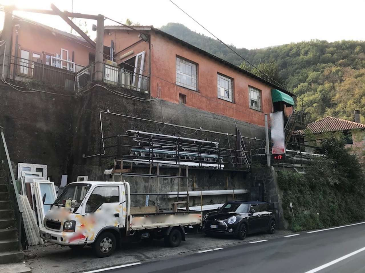Capannone in vendita a Bargagli, 9999 locali, prezzo € 280.000 | CambioCasa.it