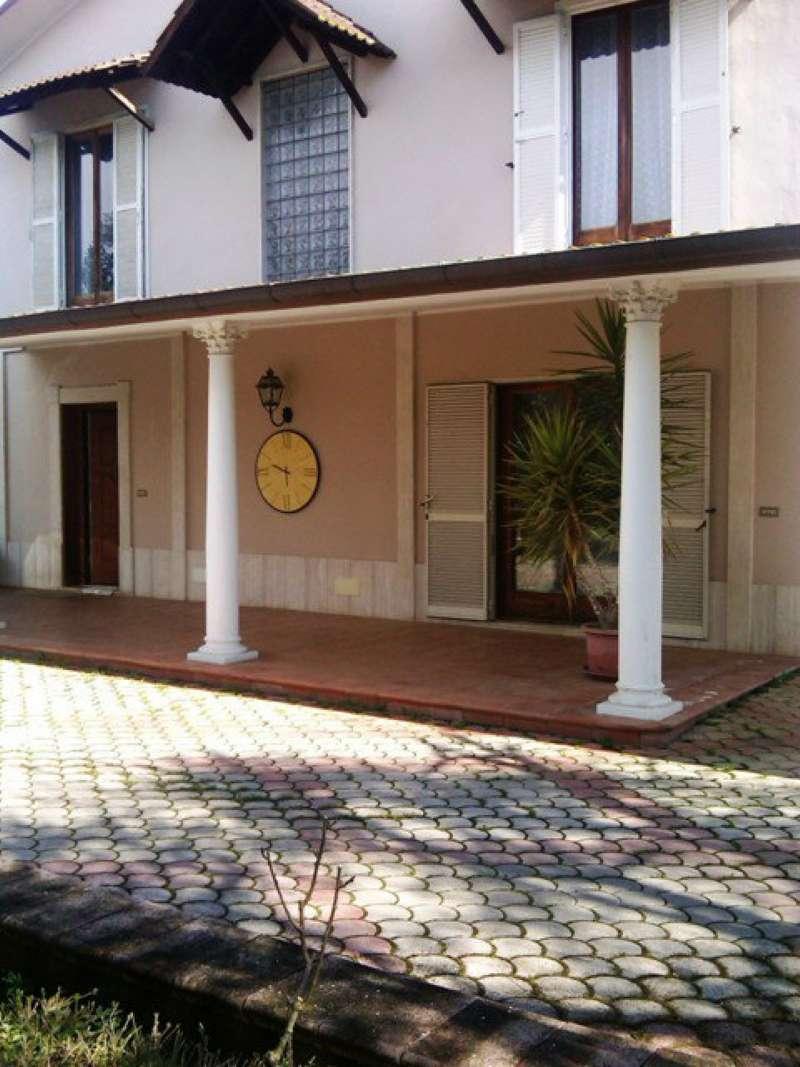 Villa in vendita a Gallicano nel Lazio, 7 locali, prezzo € 850.000 | CambioCasa.it