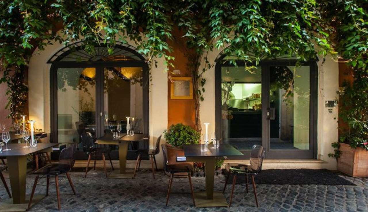 Ristorante / Pizzeria / Trattoria in vendita a Roma, 1 locali, zona Zona: 22 . Eur - Torrino - Spinaceto, Trattative riservate | CambioCasa.it