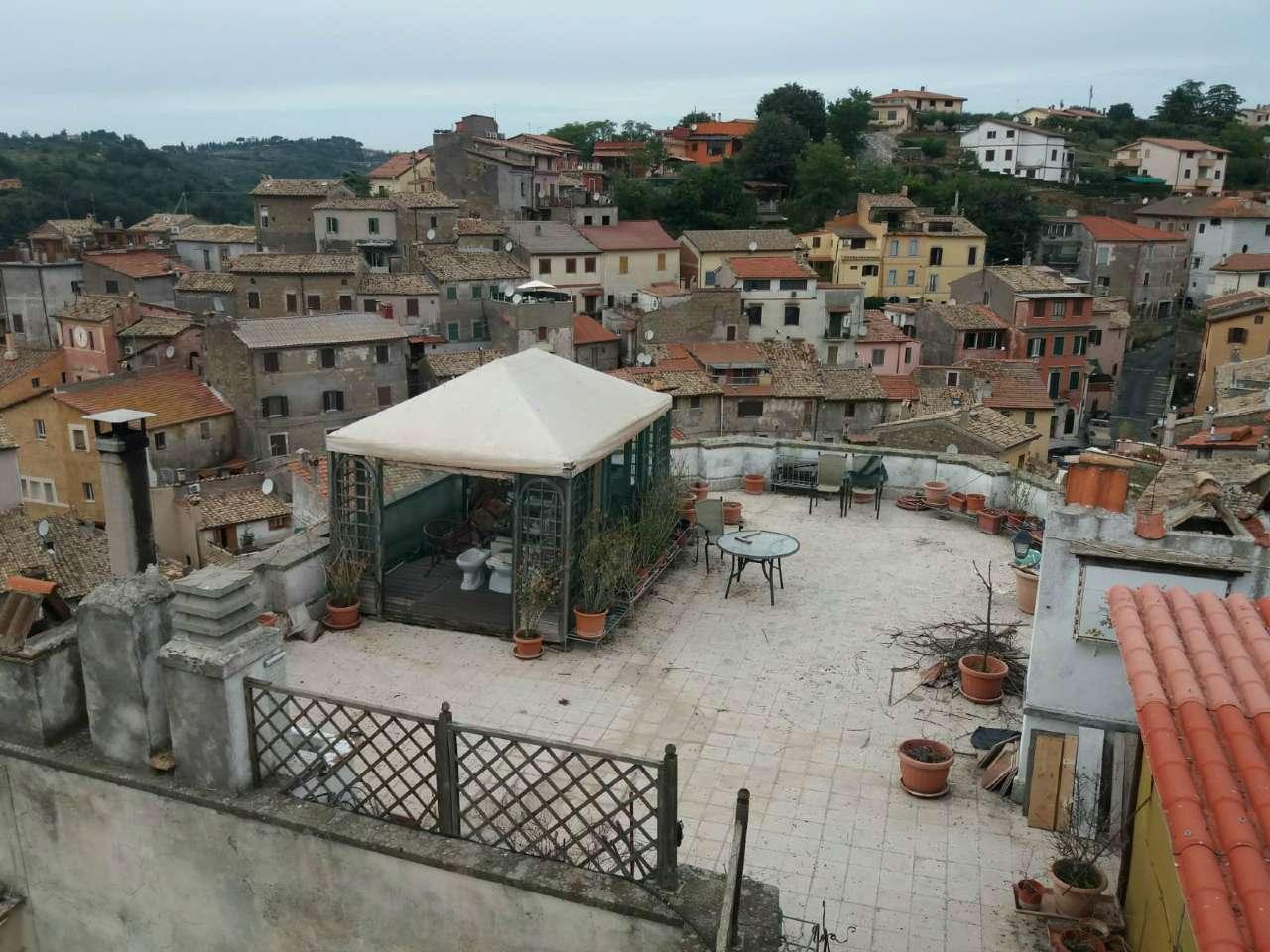 Appartamento in vendita a Capena, 2 locali, prezzo € 55.000   CambioCasa.it